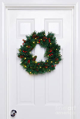 Chrismas Wreath On A White Door Art Print by Richard Thomas