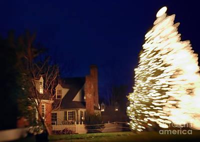 Christmas Card Photograph - Christmas Tree Six by Susan Isakson