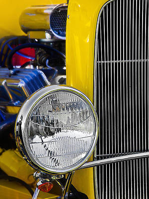 Photograph - Chrome Yellow 01 by Kevin Chippindall