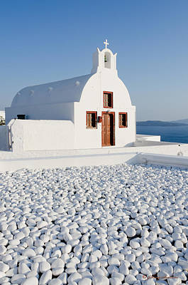 Photograph - Church In Santorini by Johnny Sandaire
