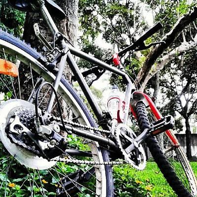 Mtb Photograph - Ciclismo Urbano Con O² by Gustavo Nieto