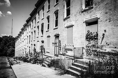 Cincinnati Abandoned Buildings At Glencoe-auburn Complex Art Print by Paul Velgos