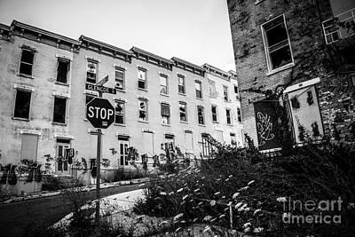 Decrepit Photograph - Cincinnati Glencoe-auburn  Abandoned Buildings by Paul Velgos