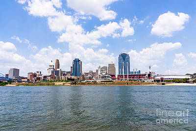 Pnc Photograph - Cincinnati Skyline And Downtown City Buildings by Paul Velgos