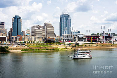 Riverboat Photograph - Cincinnati Skyline With Riverboat Photo by Paul Velgos