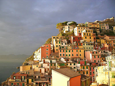 Photograph - Cinque Terre Italy Fine Art Print by Ian Stevenson
