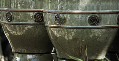 Ceramic Glazes Photograph - Circle Border Pots by Teresa Mucha