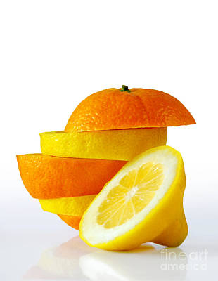 Lemonade Photograph - Citrus Slices by Carlos Caetano