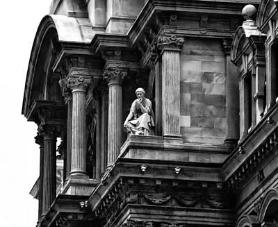 City Hall Edifice - Philadelphia Art Print by Bill Cannon