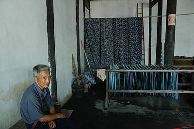 Photograph - Cloth Maker by Harry Spitz