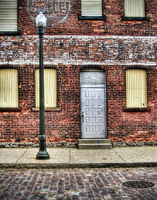 Photograph - Cobblestone District by Tammy Wetzel