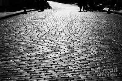 Cobblestoned Street On The Royal Mile Edinburgh Scotland Uk United Kingdom Art Print by Joe Fox