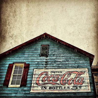 Food And Beverage Photograph - Coca Cola - Fl by Joel Lopez