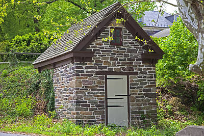 Photograph - Colonial Stone Ice House by John Stephens