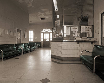 Photograph - Commuter Station by Jan W Faul