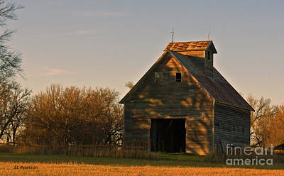 Print featuring the photograph Corn Crib At Sunset by Edward Peterson