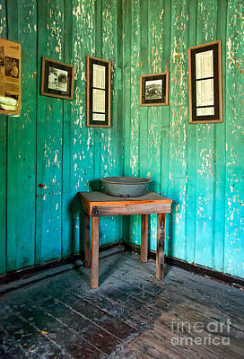 Photograph - Corner Of Slave Cabin At San Francisco Plantation by Kathleen K Parker