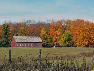 Photograph - Country Barn by Christine Hafeman
