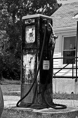 Antique Gas Pumps Photograph - Country Gas Pump by Betsy Knapp