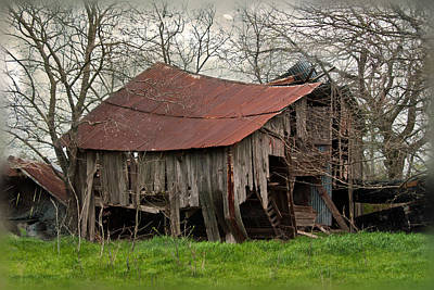 Old Barns Photograph - County Road Barn by Lisa Moore