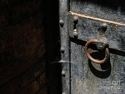 Photograph - Creepy Crypt by Mark Holbrook