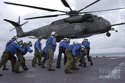 Crew Members Brace Themselves As An Print by Stocktrek Images