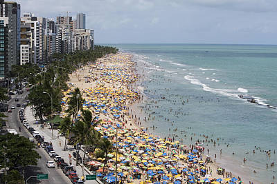 Crowded Sunday Afternoon Beach Print by Holger Leue