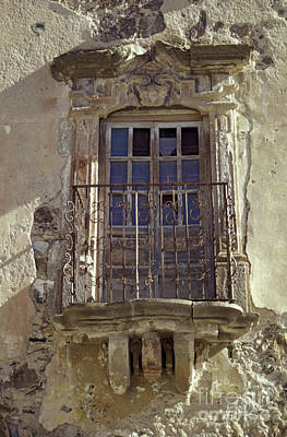 Photograph - Crumbling Balcony Real De Catorce Mexico by John  Mitchell