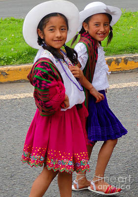Spanish Shawl Photograph - Cuenca Kids 58 by Al Bourassa