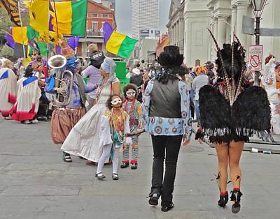 Curious Children On Mardi Gras In New Orleans Art Print