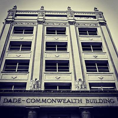 Iger Photograph - Dade Commonwealth Bldg. - Miami ( 1925 by Joel Lopez