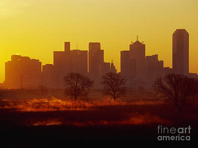 Office Space Photograph - Dallas Skyline At Sunrise by Jeremy Woodhouse