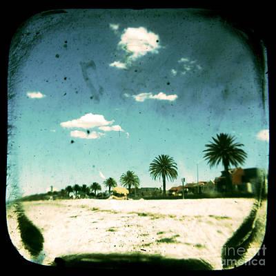 Ttv Photograph - Daydream by Andrew Paranavitana