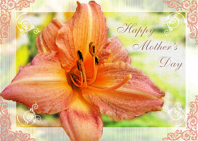 Photograph - Daylily Greeting Card Mothers Day by Debbie Portwood