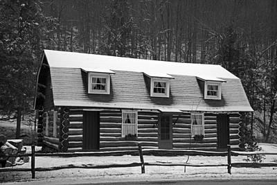 Split Rail Fence Photograph - Days Of Yore Log Cabin by John Stephens