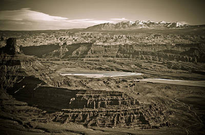 Photograph - Dead Horse Point State Park 2 by Marilyn Hunt