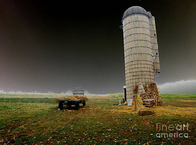 Abandonded Tractor Photograph - Decayed by Cindy Roesinger