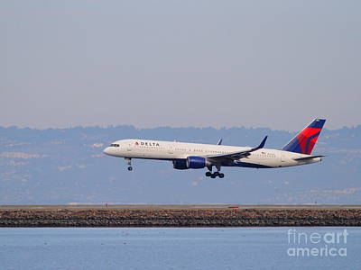 Delta Airlines Jet Airplane At San Francisco International Airport Sfo . 7d12183 Print by Wingsdomain Art and Photography