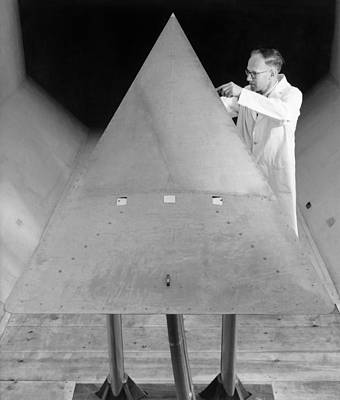 Wings Of Wind Photograph - Delta Wing In A Wind Tunnel, 1964 by National Physical Laboratory (c) Crown Copyright
