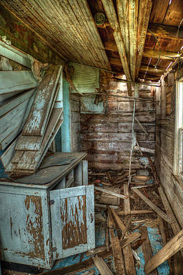 Falling Down Photograph - Derelict House by Thomas Zimmerman