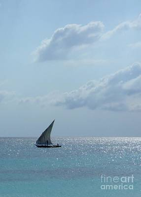 Photograph - Dhow by Alan Clifford