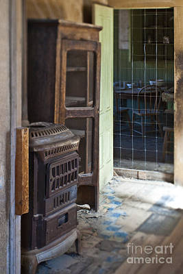 Old Wood Burning Stove Photograph - Dilapidated Kitchen by Eddy Joaquim