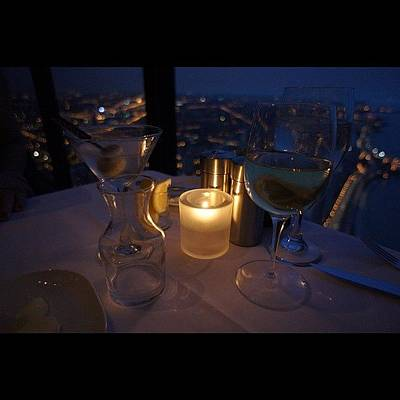 Martini Wall Art - Photograph - Dinner On The 95th Floor by Gilberto Bernal
