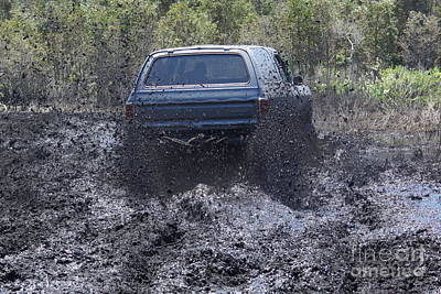 Photograph - Dodge Ramcharger In Local Mud 2 by Lynda Dawson-Youngclaus