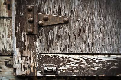 Abandon Photograph - Door Hinge by Roxanne Weber