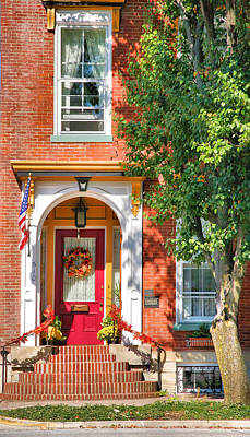 Southern Indiana Photograph - Door In Historic District I by Steven Ainsworth