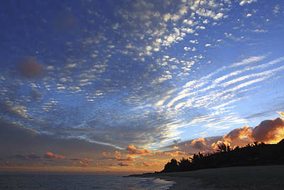 Dramatic Hawaiian Sky Art Print by Vince Cavataio