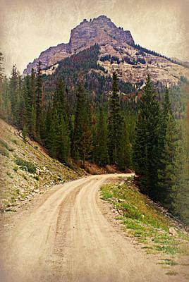 Dubois Mountain Road Art Print by Marty Koch