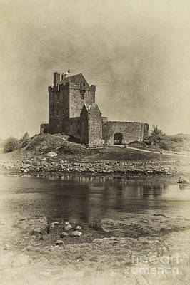 Photograph - Dunguaire Castle by Cheryl Davis