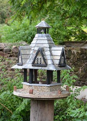 Photograph - Dunster Yarn Market Birdhouse by Carla Parris